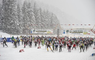 Skitrail Tannheimer Tal Bad Hindelang 2015, 25.01.2015, Tannheimer Tal, Austria (AUT): start of the 46 k race
