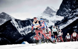 Wintersport, 09.03.2016, Canmore, Canada (CAN):Martin Johnsrud Sundby (NOR), Sergey Ustiugov (RUS), (l-r)  - FIS world cup cross-country, skiathlon men, Canmore (CAN). www.nordicfocus.com. © Felgenhauer/NordicFocus. Every downloaded picture is fee-liable.