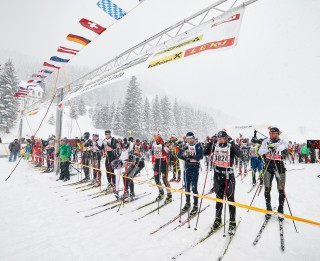 Skitrail Tannheimer Tal Bad Hindelang 2015, 25.01.2015, Tannheimer Tal, Austria (AUT): first start row ready for the 36 k race