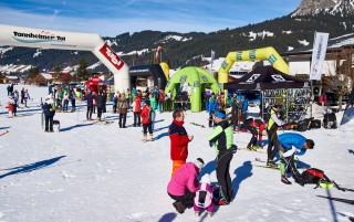 Ski Trail 2016, 30.01.2016, Tannheimer Tal, Austria (AUT) - Bad Hindelang, Germany (GER): crowded finish area of Tannheim  - Skitrail Tannheimertal, Bad Hindelang (GER). www.nordicfocus.com. © Felgenhauer/NordicFocus. Every downloaded picture is fee-liable.