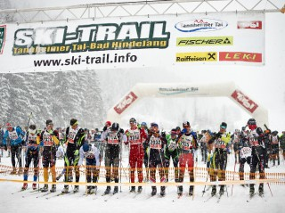 Skitrail Tannheimer Tal Bad Hindelang 2015, 25.01.2015, Tannheimer Tal, Austria (AUT): first start row in snowy Tannheim