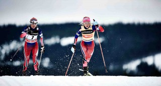 Wintersport, 05.12.2015, Lillehammer, Norway (NOR):Heidi Weng (NOR), Therese Johaug (NOR), (l-r)  - FIS world cup cross-country, skiathlon women, Lillehammer (NOR). www.nordicfocus.com. © Felgenhauer/NordicFocus. Every downloaded picture is fee-liable.
