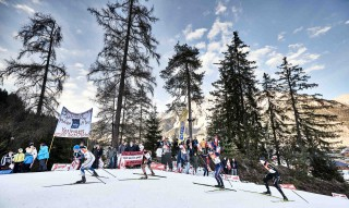 Wintersport, 19.12.2015, Ramsau, Austria (AUT): a group of athletes with austrian fans  - FIS world cup nordic combined, individual gundersen HS96/10km, Ramsau (AUT). www.nordicfocus.com. © Felgenhauer/NordicFocus. Every downloaded picture is fee-liable.